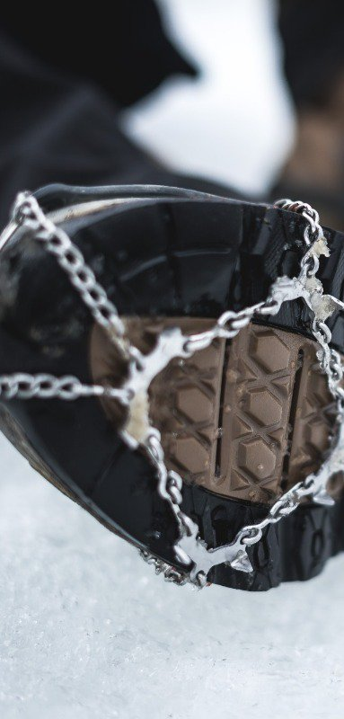 Shoe chains for hiking