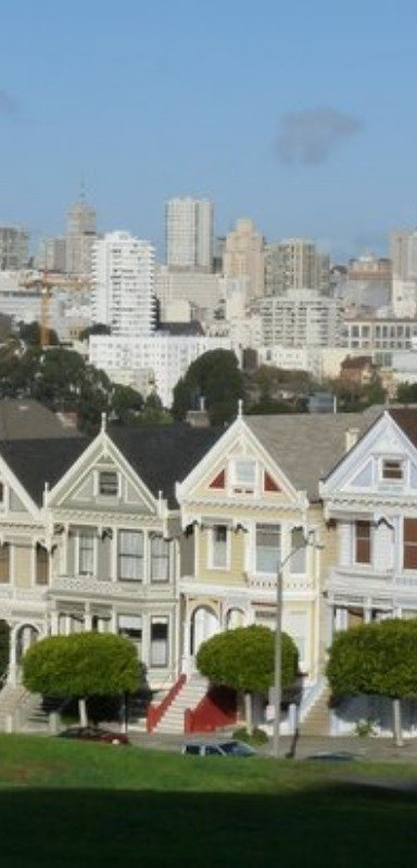 I love seeing these row houses in San Francisco!