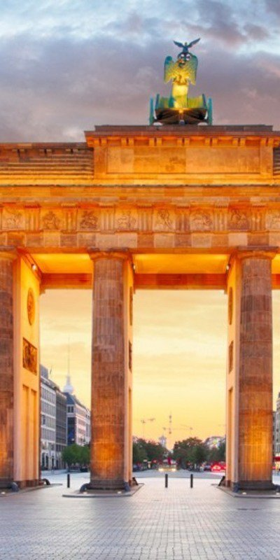 (Part of) the Brandenburg Gate in Berlin, Germany at night time.