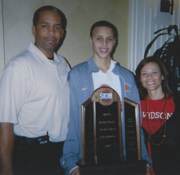 Steph Curry with his parents (high school).